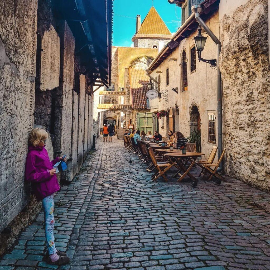 Tallin pasaż św. Katarzyny