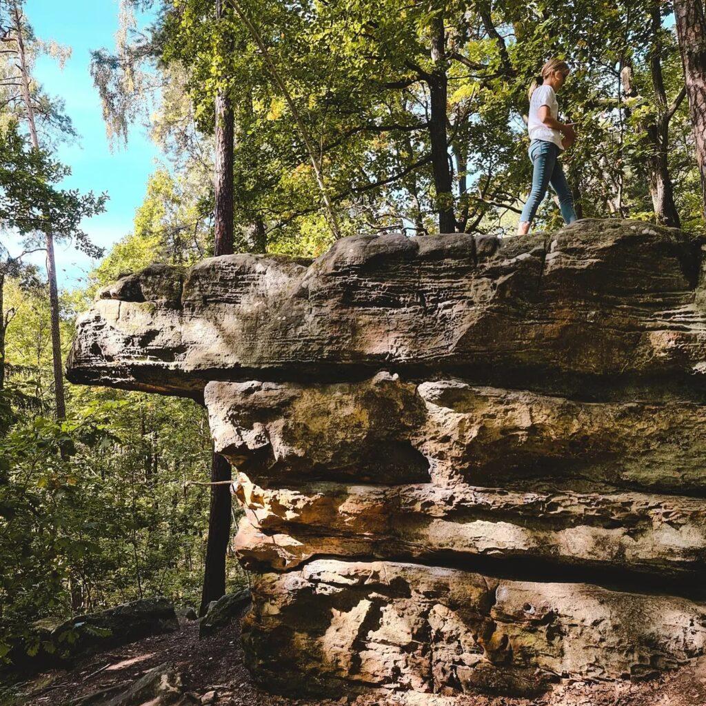 skały pod Adamowem